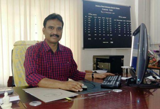 principal_desk